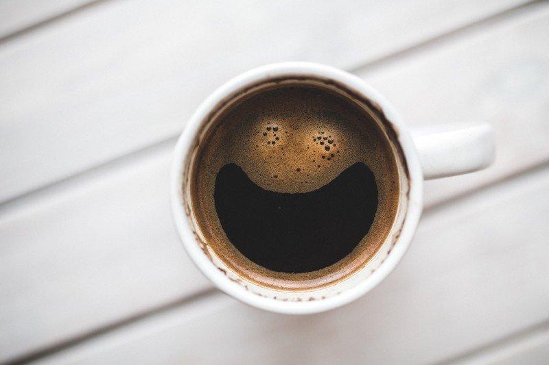 Vantagens de ter uma máquina de café para empresa - Grupo Clauwan